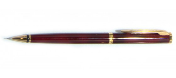 WATERMAN PREFACE PORTAMINE 0,7 MM IN LACCA BORDO'